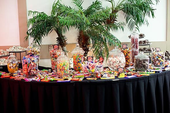 LOS ANGELES San Diego Area Candy Buffet Jars and Scoops wedding