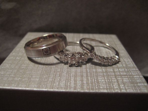 exchanging rings this weekend weddingbee photo gallery