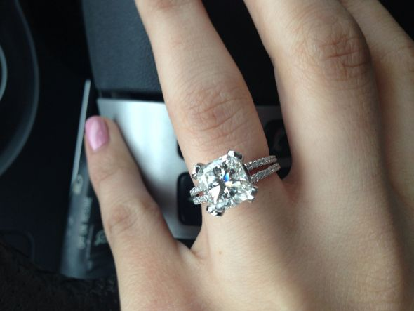 Engagement Ring photos & needed – 2 5 carat or 3 0 carat center diamond