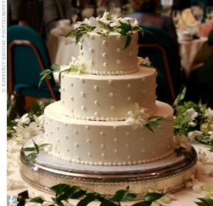 A walmart wedding cake!