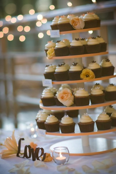 We had a dessert table as well as a cupcake tower for our wedding desserts