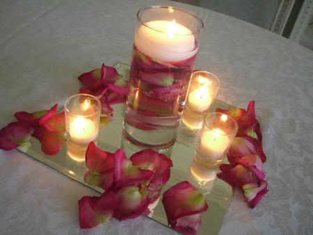 Help Centerpiece W Rose Petals