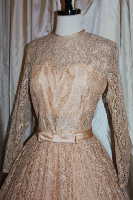 Mrs Lab 39s Grace Kelly Inspired Pink Lace 1950s Short Vintage Wedding Dress