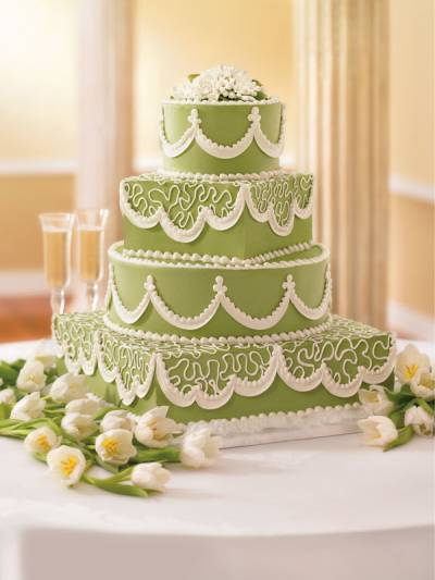 We ordered our lovely Publix wedding cake 2 weeks ago it 39s called Lifelong