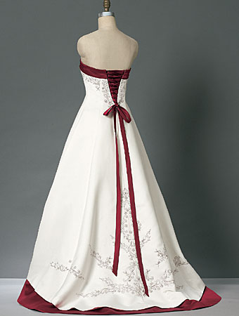 Red and White Wedding Dress Style