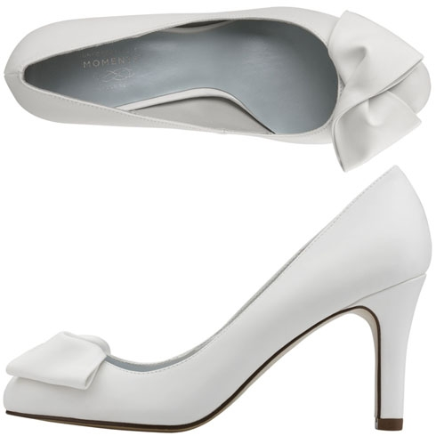 58fd43699c40 Payless White Heels ~ Ivory Sandals