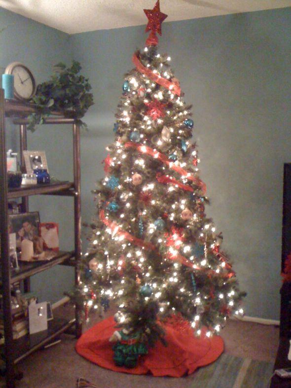 Post pics of your Christmas trees wedding christmas trees Photo 3