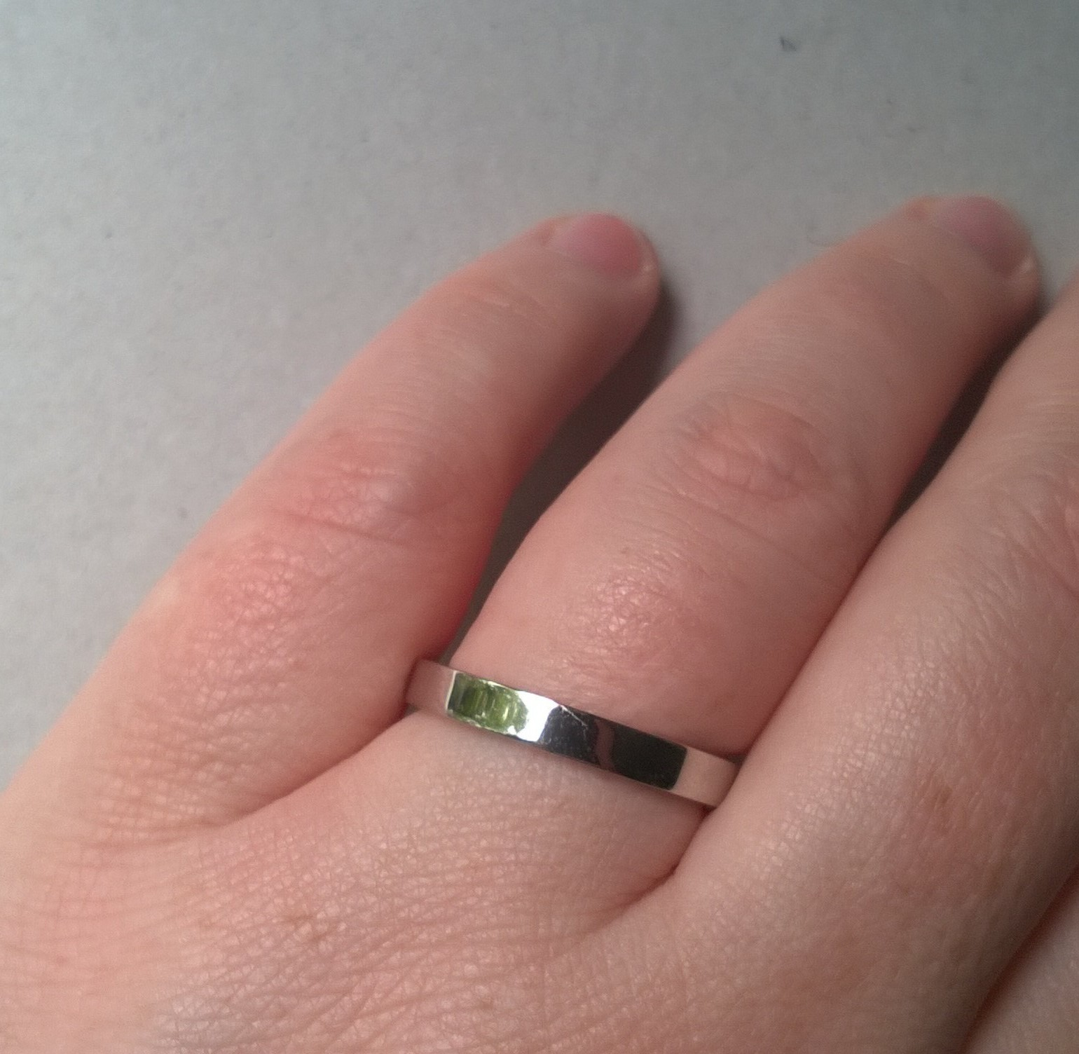 HELP! I think I might hate my wedding ring!