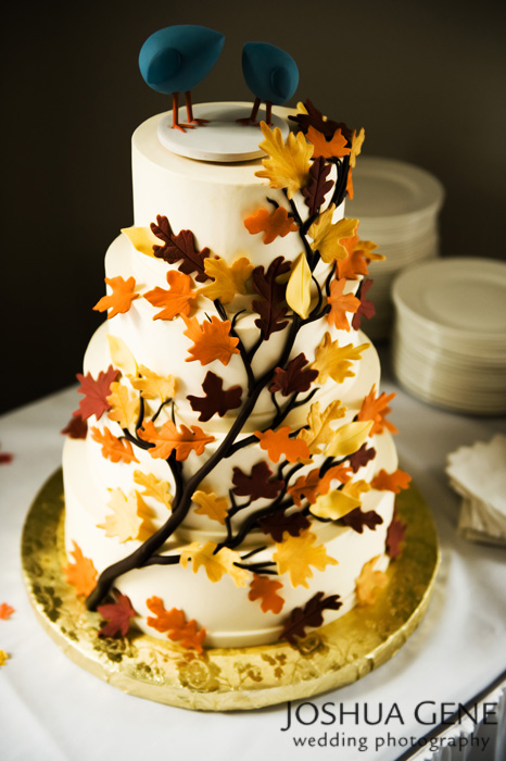 Wedding cake With Leaves