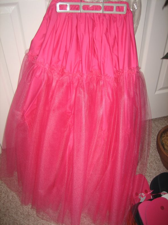 DIY Hot Pink Crinoline