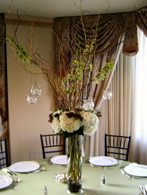 Show me your centerpieces with branches yours or
