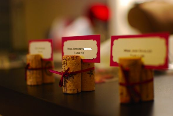 wine cork escort cards :  wedding wine corks diy Winecorkwb