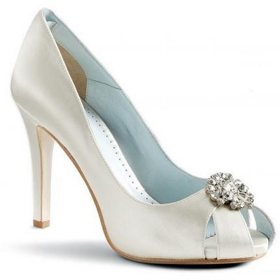 FS Grazia Valentine Size 7 Ivory Bridal Shoes wedding grazia shoes