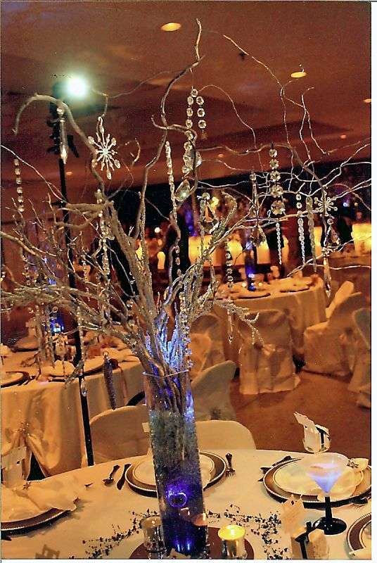 Diy manzanita branch curly willow centerpieces
