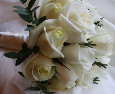 ivory and bluegreen flower suggestions wedding flowers ivory meadow