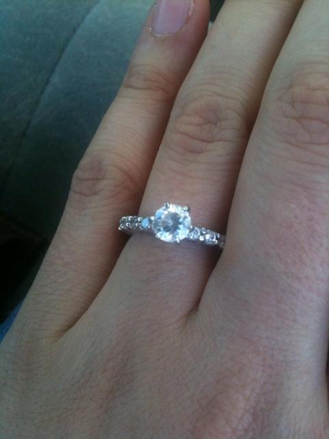 Best Engagement Rings For Long Skinny Fingers