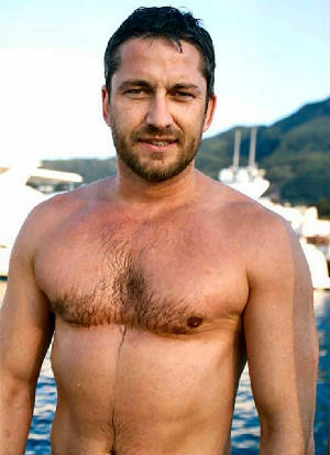@contrarymary: I love me some Gerard Butler too! Just saw him in The Bounty ...
