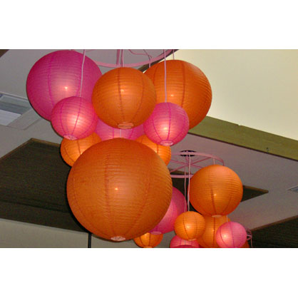 Hanging Chinese Lanterns wedding Wagon Wheel