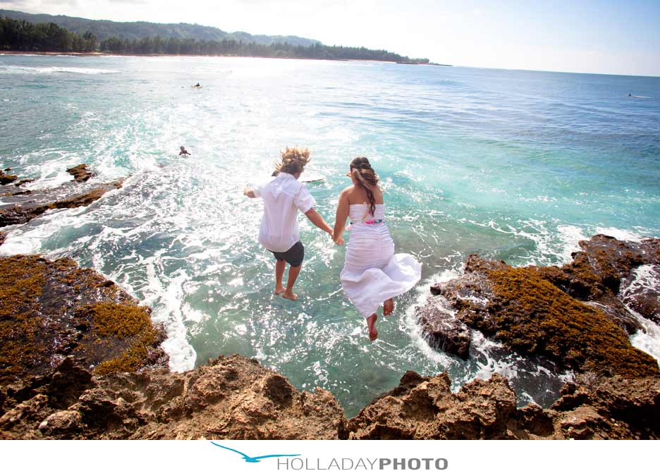 Check out this awesome wedding get married jump off for Places to run off and get married