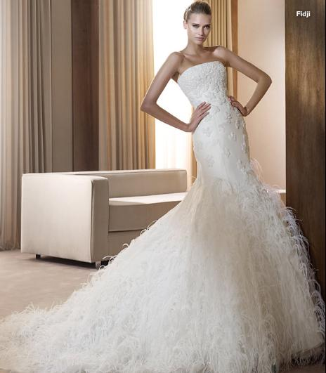 CLOTHING Wedding Dress Can you say FEATHERS
