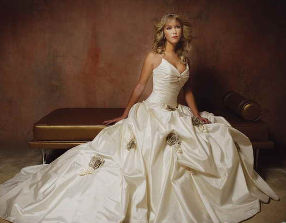 2 wedding dresses for sale size 16 wedding dress 7210 size 16 indecisive