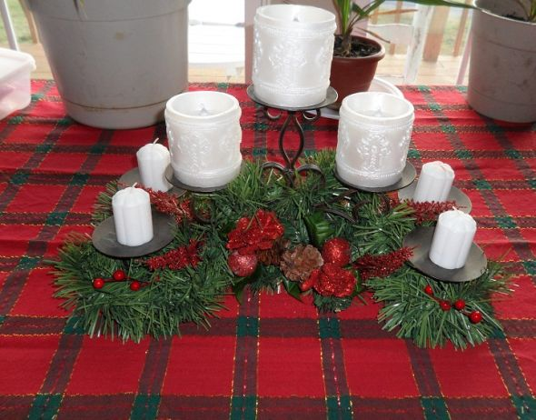 Kitchen table centerpiece ideas photograph country kitchen - Kitchen table centerpiece ideas ...