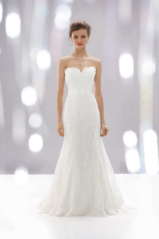 Help me choose a Wedding Dress