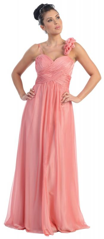 Portia 39 s blog the vintage dress features flowy sleeves for Flowy wedding dresses with sleeves