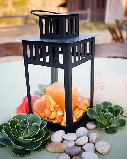 Centerpiece idea yay or nay wedding centerpieces lantern flowers Lanten2