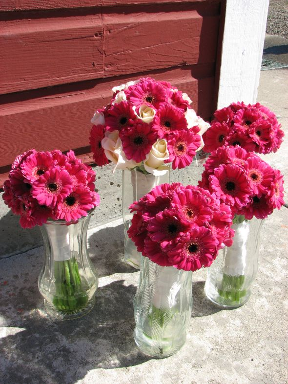 Grocery Store Wedding Flowers Wedding Flowers Wedding Flowers In Gerbera Daisies Via Wedding Flowers