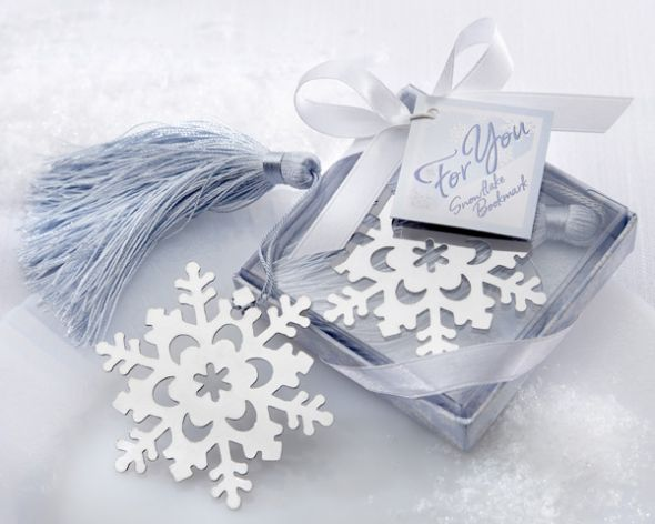 Winter wonderland decor wedding navy white silver inspiration ceremony