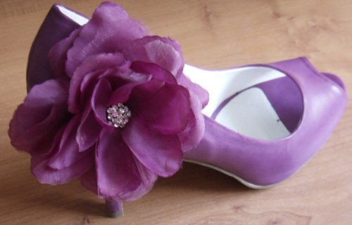 DIY silk flower shoes :  wedding diy shoes flower Flower Shoe