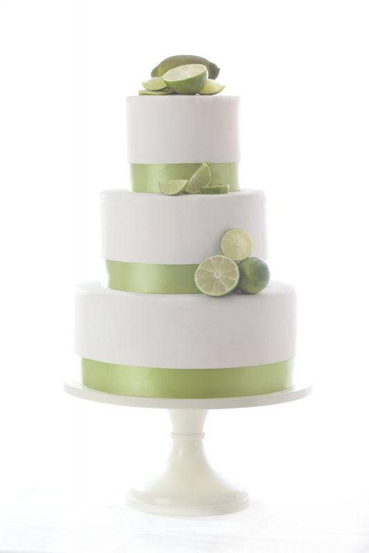 WEDDING CAKE STANDS More than 80 COLORS to choose from