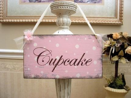 Cupcake TableI need your help wedding cupcakes cake Cupcake Sign