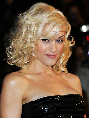 gwen stefani hot wallpapers. You both ignored HOT DOGS!