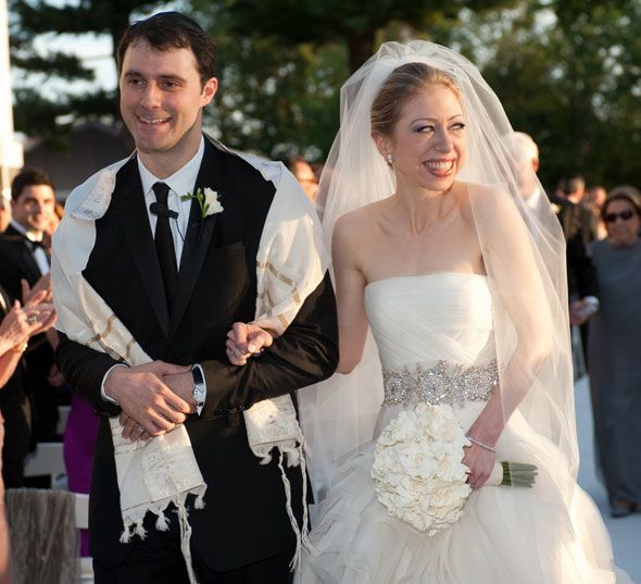 chelsea clinton wedding photos. Chelsea Clinton Wedding Dress