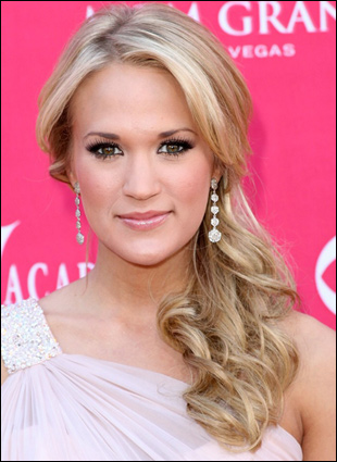 Curly Side Ponytail Hairstyles I am going to do mine like Carrie Underwoods