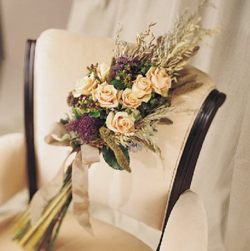 Show your bouquet inspiration wedding bouquets inspiration Arm Wedding