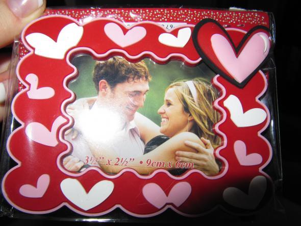 Super cute favor idea wedding favors frame red