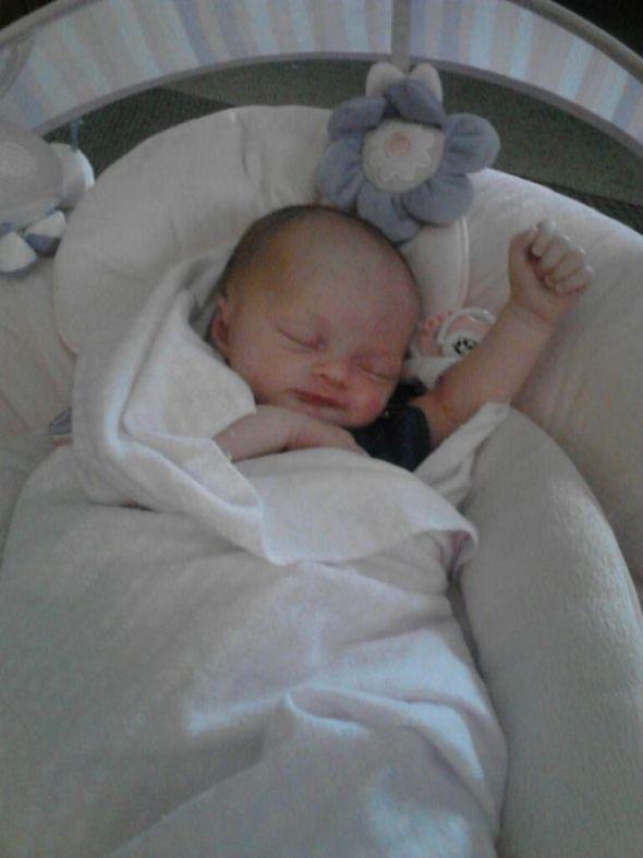 Как сделать чтобы ребенок спал днем 18