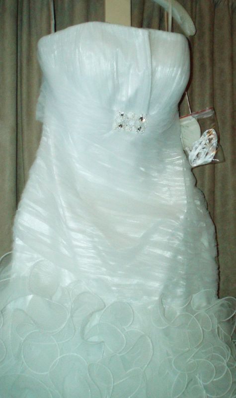 posted 2 years ago in Wedding Dress Status For Sale Beautiful