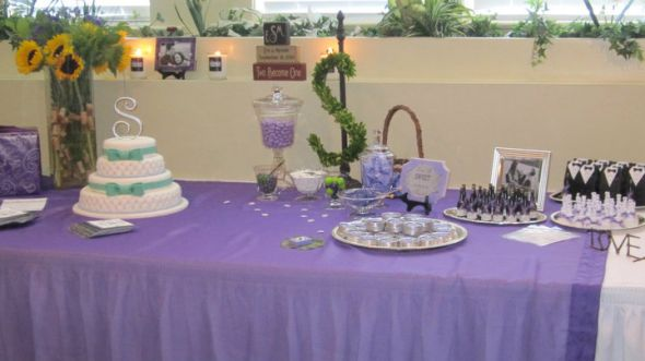 show me your cake table wedding cake cake table fountain Wedding4