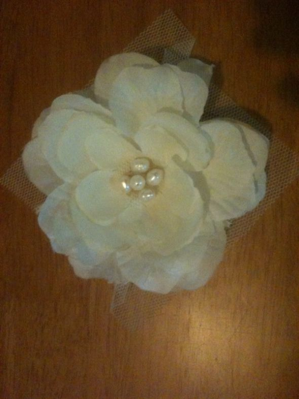 I purchased some white silk flowers tea stained them to be offwhite