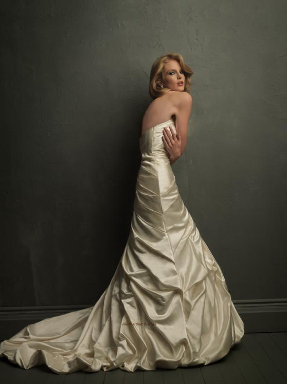 My Wedding Dress: Allure #8708 :  wedding wedding dress white allure dress 8708 Back Fullsize
