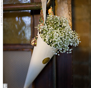 Baby's Breath :  wedding babys breath flowers ceremony Large Image