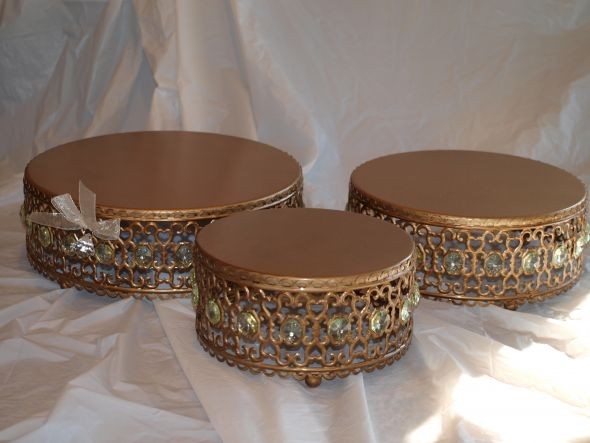 Gorgeous Gold Cake Stands for Sale wedding gold cake stands tiered cake