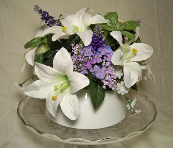 Artificial Flowers for Wedding Cake - Destination Weddings | Best