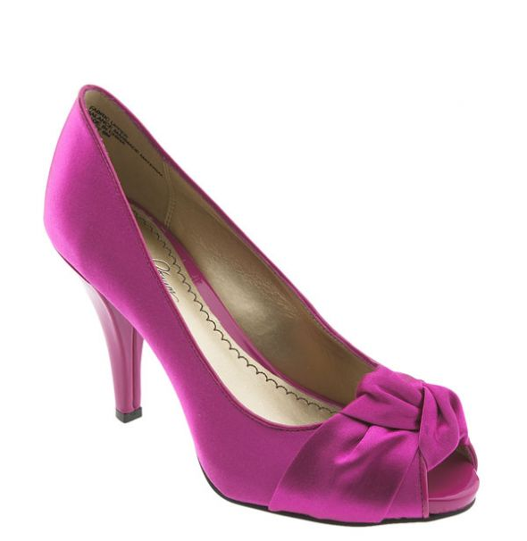 wedding shoes fuschia Enzo Angiolini Mielee the color is so pretty in