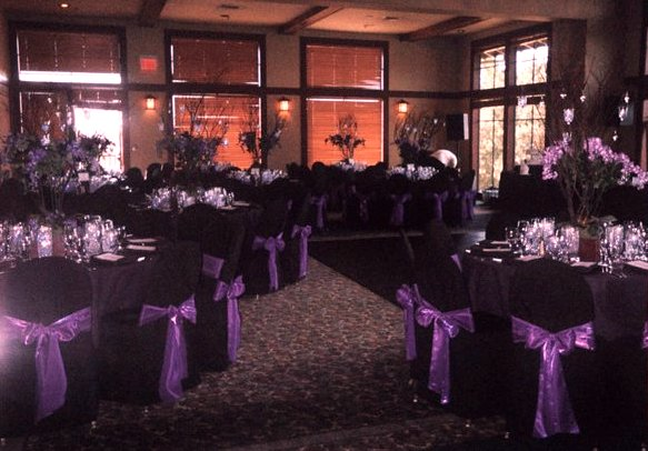 Brilliant Black Wedding Tables with Table Cloths 583 x 406 · 60 kB · jpeg