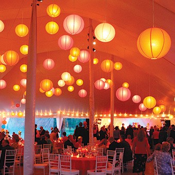 Outdoor evening reception, how to light a tent? - Weddingbee